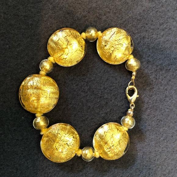Jewelry - Vintage gold/yellow sparkly glass beaded bracelet